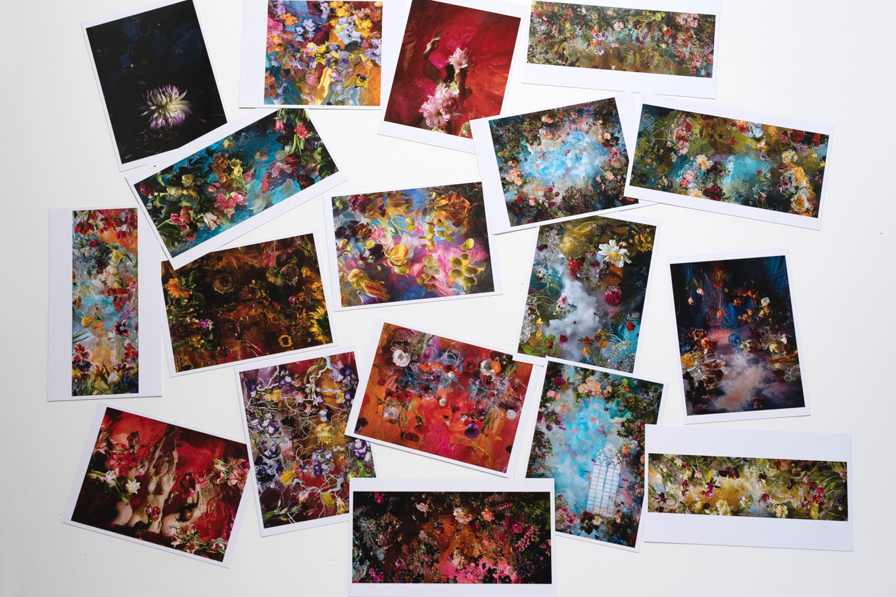 18 postcards: 13 x 18 cm en 12 x 21 cm € 29,20 This set-price includes shipping within the Netherlands.  Outside NL:  € 35,50